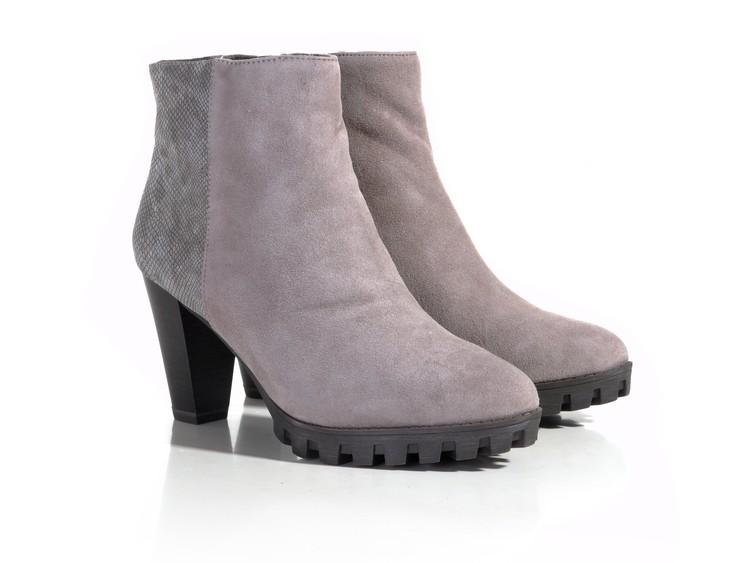 7ab88f84448db Tamaris 1-25309-27 béžová. Kód produktu: 1320884. Výrobce: Tamaris. Dámská  kotníková obuv…